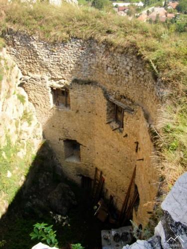 Beckov - veľká delová bašta z veže