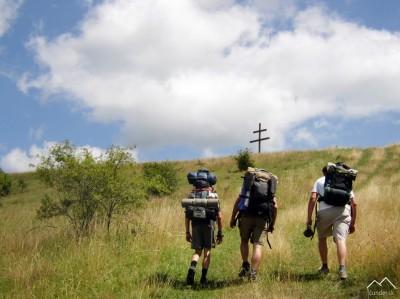Cestou ku krížu nad Voznicou