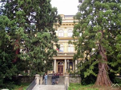 Stredná lesnícka škola
