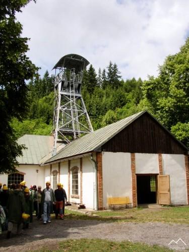 Strojovňa Kachelmannovho vodostĺpcového stroja a ťažná veža Rúfus z Poproča